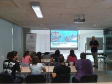 El prof. Rodriguez Asti impartiendo el seminario