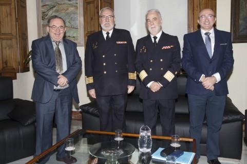 Rector se reune con el director Museo Naval
